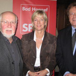 Dieter Engel, Präsident des Bundesrechnungshofes (rechts)